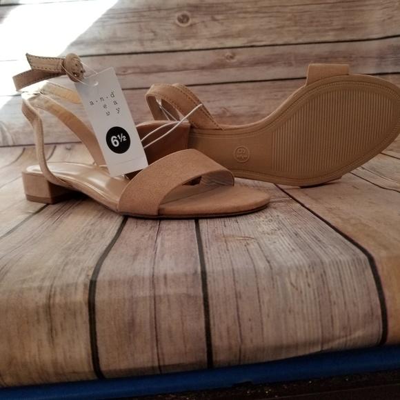 6ff75d8819c Women's Winona Ankle Strap Sandal NWT